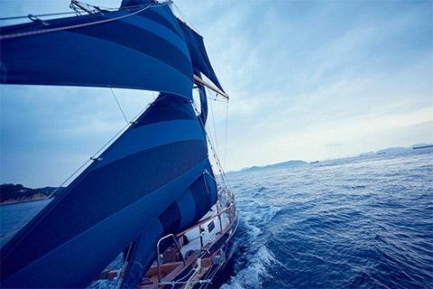 CRUISING JEANS IN SETO INLAND SEA
