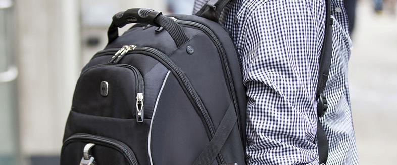 7f58261f6e2d 「SWISSMOBILITY」のスーツケースは市場に出るとすぐに欧米で高い評価を獲得し、商品ラインアップをバックパックや旅行小物まで広げてゆきました。