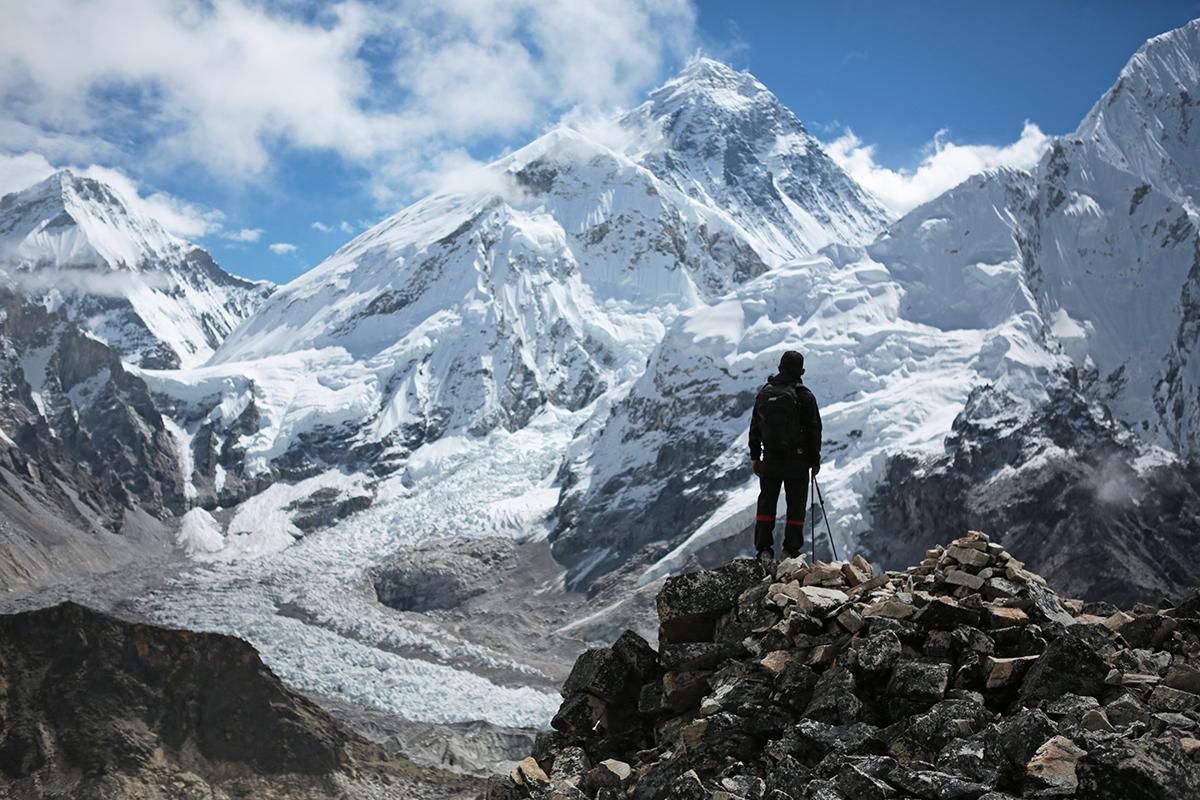 エベレスト生中継!「冒険の共有」から見えない山を登る全ての人達の支えに。