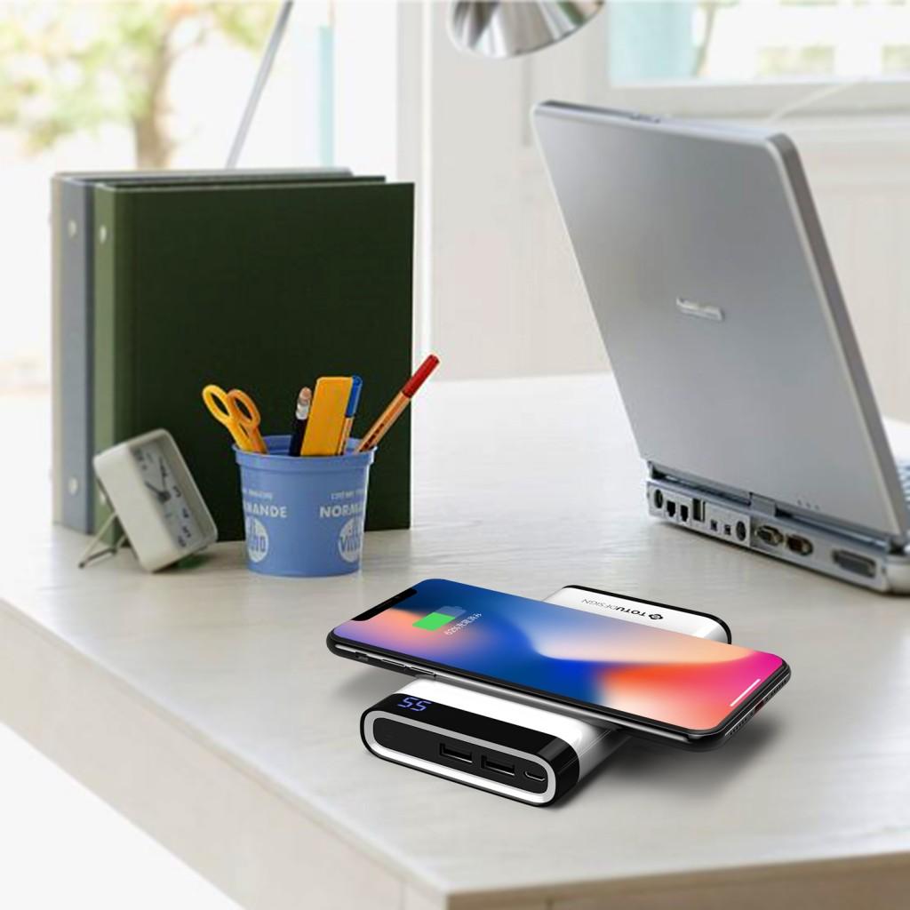 TOTUモバイルバッテリー Qi 急速充電 大容量 有線無線対応 2USBポート