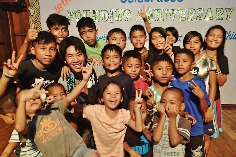 フィリピンの孤児院の子どもたち...